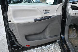 2015 Toyota Sienna LE Naugatuck, Connecticut 15