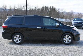 2015 Toyota Sienna LE Naugatuck, Connecticut 5