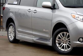 2015 Toyota Sienna XLE * Wheelchair Accessible Ramp * NAVI * Sunroof Plano, Texas 30