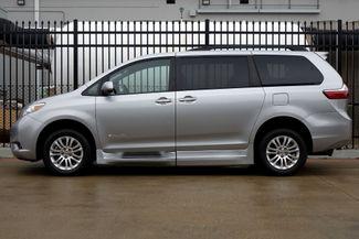 2015 Toyota Sienna XLE * Wheelchair Accessible Ramp * NAVI * Sunroof Plano, Texas 3