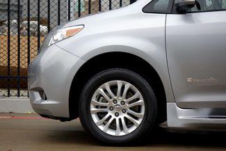 2015 Toyota Sienna XLE * Wheelchair Accessible Ramp * NAVI * Sunroof Plano, Texas 38