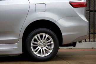 2015 Toyota Sienna XLE * Wheelchair Accessible Ramp * NAVI * Sunroof Plano, Texas 39