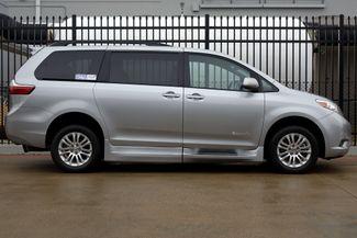 2015 Toyota Sienna XLE * Wheelchair Accessible Ramp * NAVI * Sunroof Plano, Texas 2