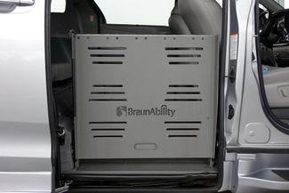 2015 Toyota Sienna XLE * Wheelchair Accessible Ramp * NAVI * Sunroof Plano, Texas 14