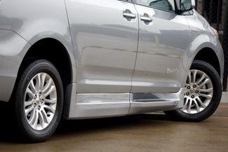 2015 Toyota Sienna XLE * Wheelchair Accessible Ramp * NAVI * Sunroof Plano, Texas 32