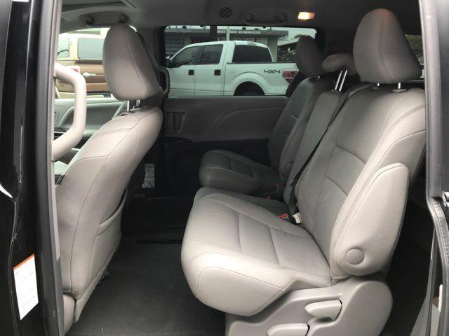 2015 Toyota Sienna XLE in San Antonio, TX 78212