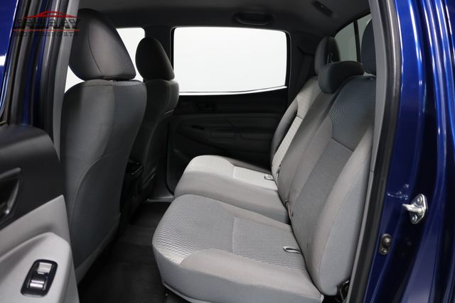 2015 Toyota Tacoma Merrillville, Indiana 12