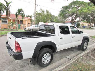2015 Toyota Tacoma PreRunner Miami, Florida 3