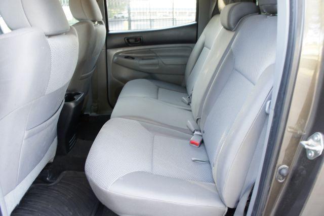 2015 Toyota Tacoma Double Cab V6 6MT 4WD in San Antonio, TX 78233