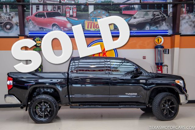 2015 Toyota Tundra SR5 4x4 in Addison, Texas 75001