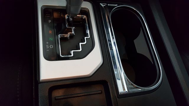2015 Toyota Tundra SR5 in Carrollton, TX 75006