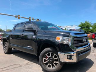 2015 Toyota Tundra SR5 in Leesburg, Virginia 20175