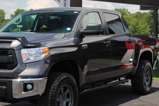 2015 Toyota Tundra SR5 CrewMax 4x4 TRD OFF ROAD - LIFTED-UPGRADE PKG! Mooresville , NC 27
