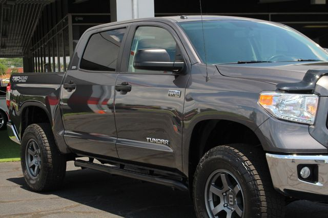 2015 Toyota Tundra SR5 CrewMax 4x4 TRD OFF ROAD - LIFTED-UPGRADE PKG! Mooresville , NC 26