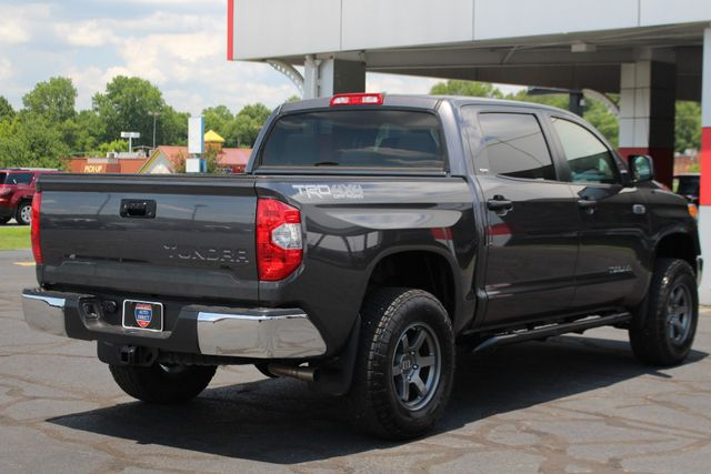 2015 Toyota Tundra SR5 CrewMax 4x4 TRD OFF ROAD - LIFTED-UPGRADE PKG! Mooresville , NC 24