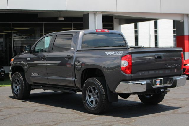 2015 Toyota Tundra SR5 CrewMax 4x4 TRD OFF ROAD - LIFTED-UPGRADE PKG! Mooresville , NC 25