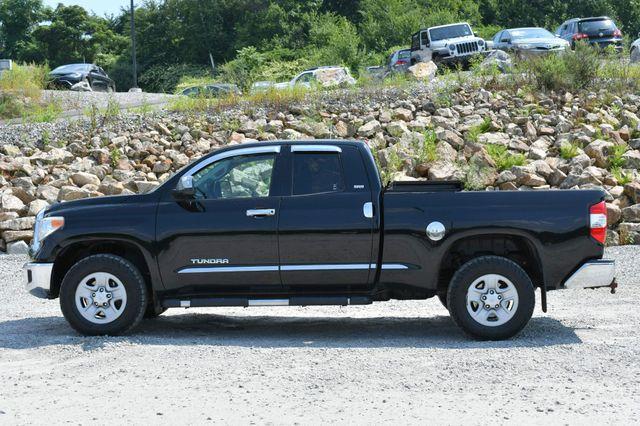 2015 Toyota Tundra SR5 4WD Naugatuck, Connecticut 3
