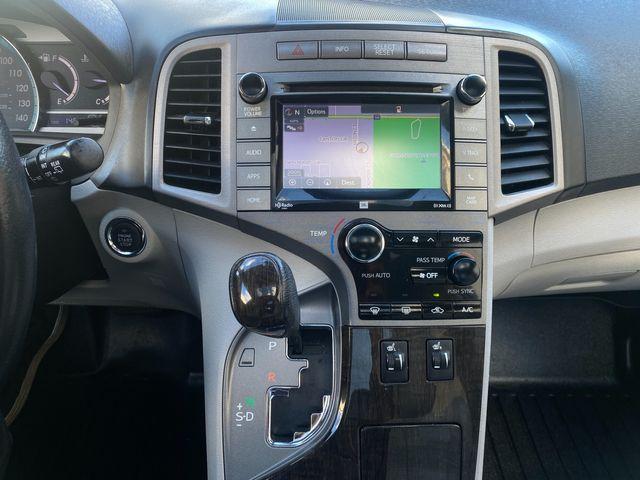 2015 Toyota Venza XLE Farmington, MN 7