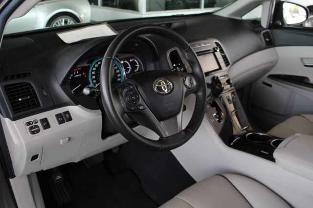 2015 Toyota Venza Limited AWD - NAVIGATION - SUNROOF! Mooresville , NC 32
