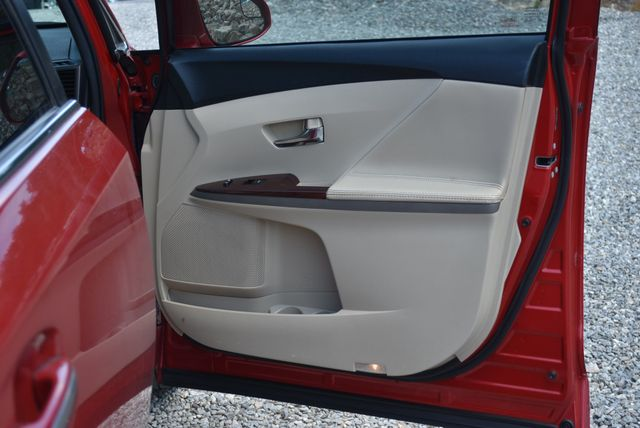 2015 Toyota Venza XLE Naugatuck, Connecticut 8