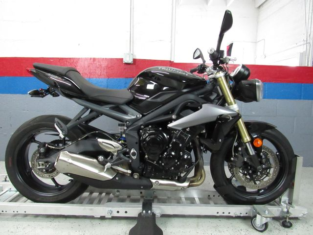 2015 Triumph Street Triple ABS in Dania Beach , Florida 33004