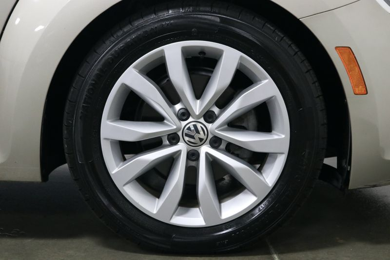 2015 Volkswagen Beetle TDI  Convertible 20L TDI  city NC  The Group NC  in Mooresville, NC
