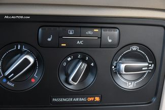 2015 Volkswagen Beetle Coupe 2.0L TDI w/Sun/Sound/Nav Waterbury, Connecticut 28