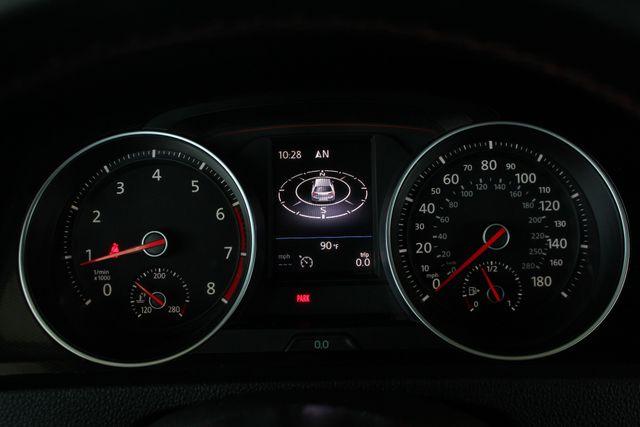 2015 Volkswagen Golf GTI Autobahn FWD - SUNROOF - HEATED LEATHER - TURBO! Mooresville , NC 9