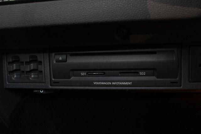 2015 Volkswagen Golf GTI Autobahn FWD - SUNROOF - HEATED LEATHER - TURBO! Mooresville , NC 36