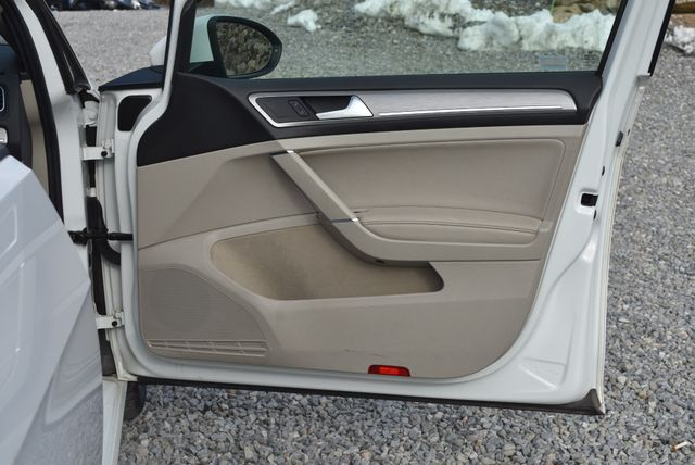 2015 Volkswagen Golf TDI SE Naugatuck, Connecticut 9