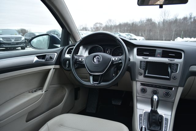 2015 Volkswagen Golf TSI S Naugatuck, Connecticut 15