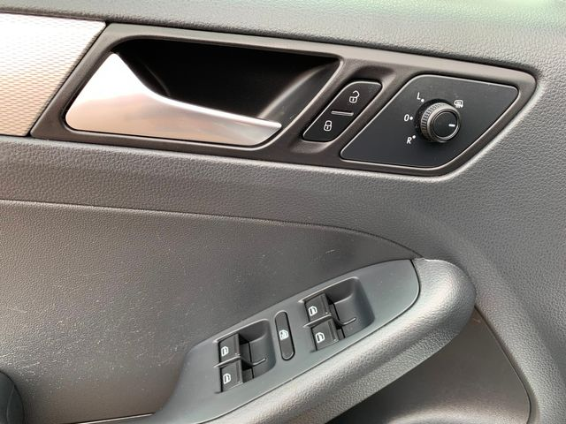 2015 Volkswagen Jetta 1.8T SE 3 MONTH3,000 MILE NATIONAL POWERTRAIN WARRANTY Mesa, Arizona 15