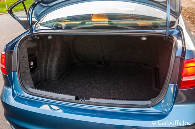 2015 Volkswagen Jetta 1.8T SE   Concord, CA   Carbuffs in Concord, CA