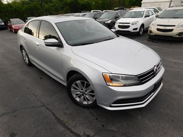 2015 Volkswagen Jetta 2.0L TDI SE w/Connectivity