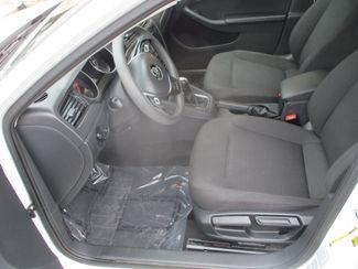 2015 Volkswagen Jetta 2.0L S Farmington, MN 3