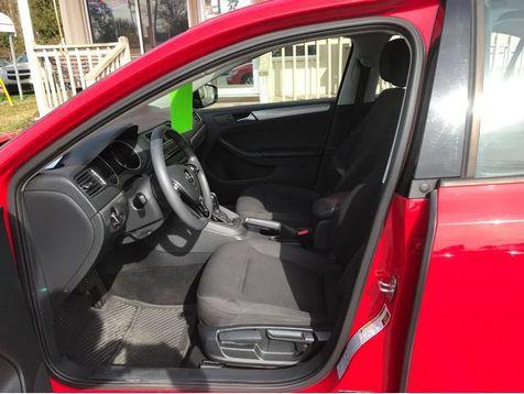 2015 Volkswagen Jetta 1.8T SE | Myrtle Beach, South Carolina | Hudson Auto Sales in Myrtle Beach, South Carolina