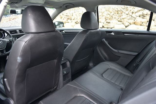 2015 Volkswagen Jetta 1.8T SEL Naugatuck, Connecticut 13