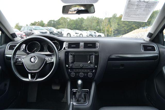 2015 Volkswagen Jetta 1.8T SEL Naugatuck, Connecticut 16