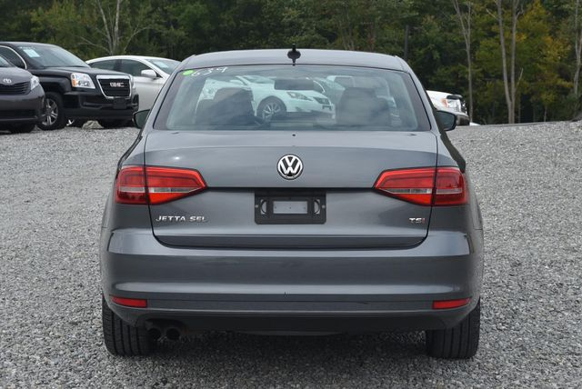 2015 Volkswagen Jetta 1.8T SEL Naugatuck, Connecticut 3
