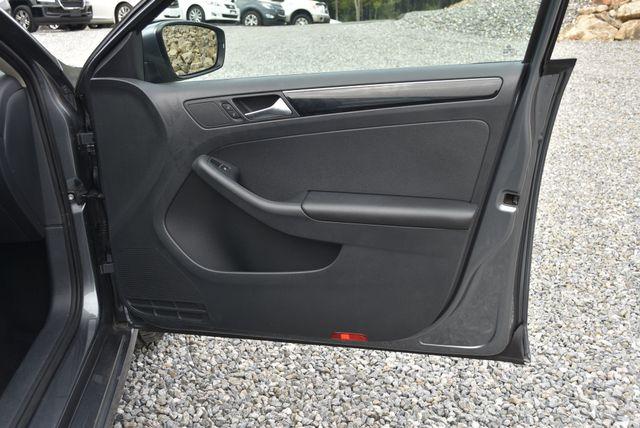 2015 Volkswagen Jetta 1.8T SEL Naugatuck, Connecticut 8