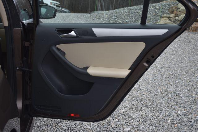 2015 Volkswagen Jetta 1.8T SE Naugatuck, Connecticut 11
