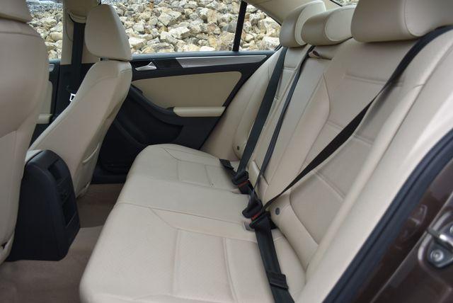 2015 Volkswagen Jetta 1.8T SE Naugatuck, Connecticut 13