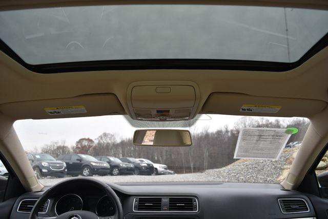 2015 Volkswagen Jetta 1.8T SE Naugatuck, Connecticut 18