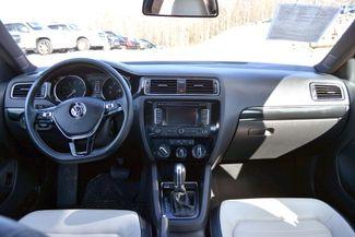 2015 Volkswagen Jetta 1.8T Sport Naugatuck, Connecticut 16