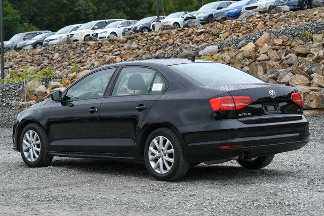 2015 Volkswagen Jetta 1.8T SE Naugatuck, Connecticut 2