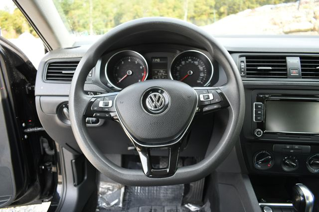 2015 Volkswagen Jetta 2.0L S w/Technology Naugatuck, Connecticut 20