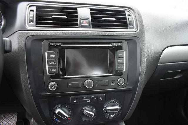 2015 Volkswagen Jetta 1.8T SE w/Connectivity/Navigation Naugatuck, Connecticut 22