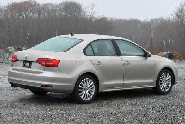 2015 Volkswagen Jetta 1.8T SE w/Connectivity/Navigation Naugatuck, Connecticut 4