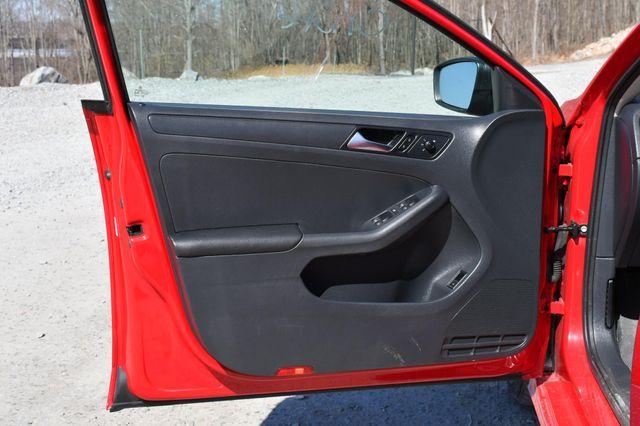 2015 Volkswagen Jetta 2.0L S Naugatuck, Connecticut 19