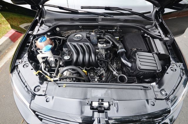 2015 Volkswagen Jetta 2.0L S *SALVAGE TITLE* Reseda, CA 28